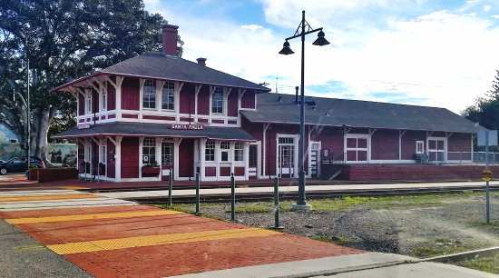 Fillmore, Kalifornien: A really neat-o train station