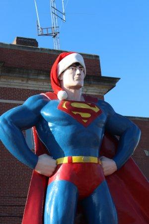 Metropolis, IL: Superman Statue ready for Christmas.
