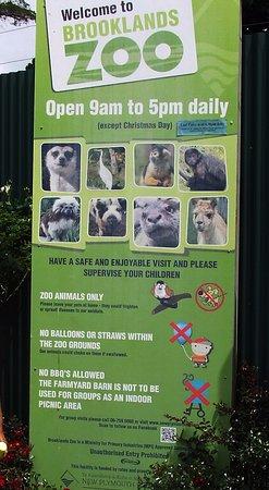 New Plymouth, Selandia Baru: Zoo Opening Hours