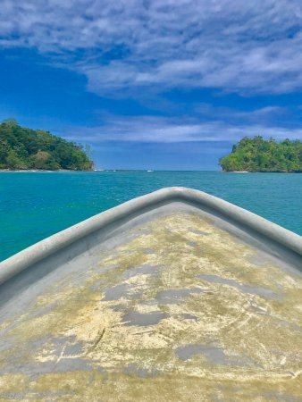 Manzanillo, Costa Rica: Around the bend near Punta Mona