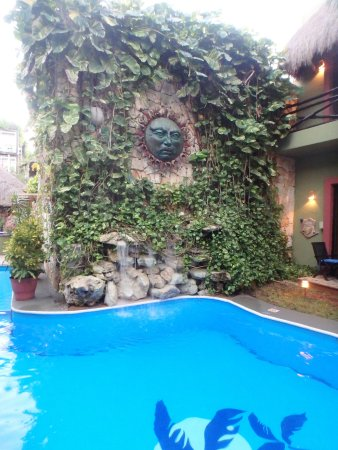Aventura Mexicana: The family pool with waterfall