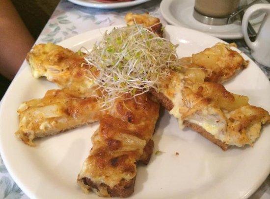 Sassafras, Australia: Open grilled Cheese