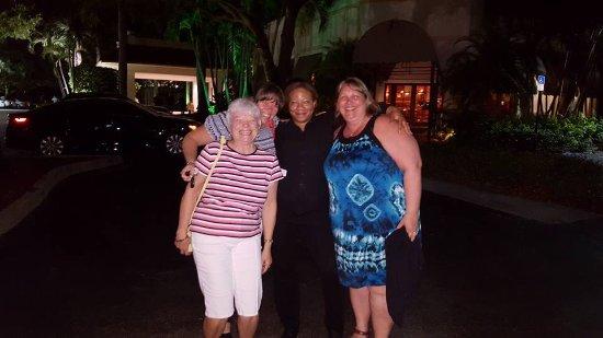Renaissance Boca Raton Hotel: NADÈGE CARMESSE NOTRE SERVEUSE