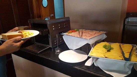 GHL Relax Hotel Sunrise: desayuno