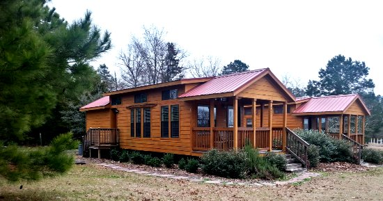 Summit Hill Extended Stay Cottages & Suites