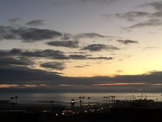 Holiday Inn Oceanside Camp Pendleton Area: sunrise from observation deck (having coffee) on a stormy morning