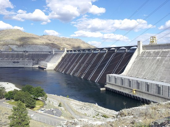 Coulee Dam, Etat de Washington : Here is the dam from the street side observation deck.