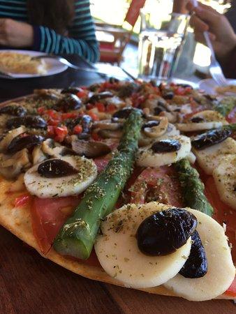 El Retorno: Vegetarian pizza