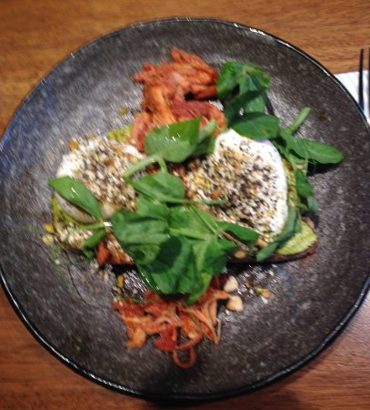 Windsor, Австралия: Poached Eggs, Avocado and Pulled pork