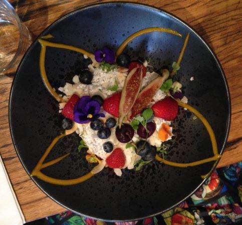 Windsor, Australia: Coconut quinoa and Berries