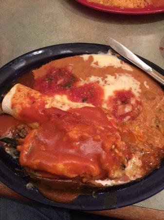 Chanhassen, MN: chili relleno, burrito, refried beans