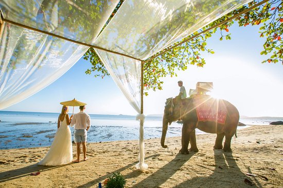 Laem Set, Thailandia: Wedding on the beach