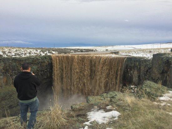 Glenns Ferry, ID: Deadman Falls!!