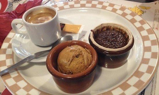 Saint-Apollinaire, France : Café ou Chocolat Gourmand