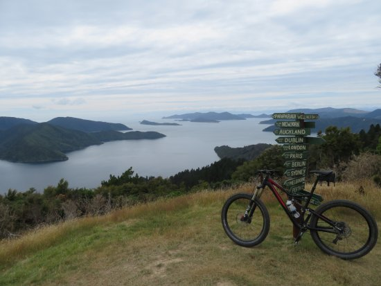 Sea Kayak Adventures: View of Marlborough Sounds from Queen Charlotte Track