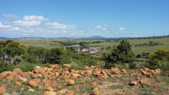 Rorke's Drift, Sudáfrica: View of the Hotel from Shiyane Hill