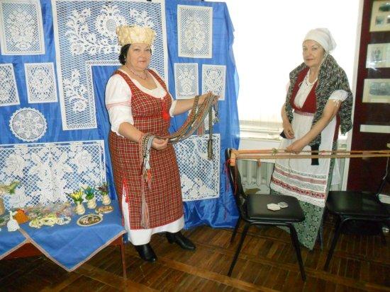 В музее ремесленники проводят мастер-классы по народным ремёслам: уникальная новогрудская вытина