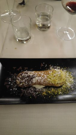 Trevi, Italië: cannolo siciliano
