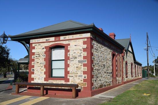Marion, Australia: Historic Buildings