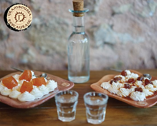 Kaliviani, Greece: Raki with our traditional desserts