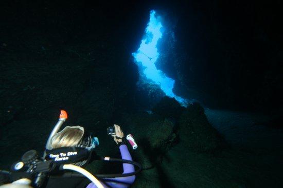 Munda, Solomon Islands: the cave