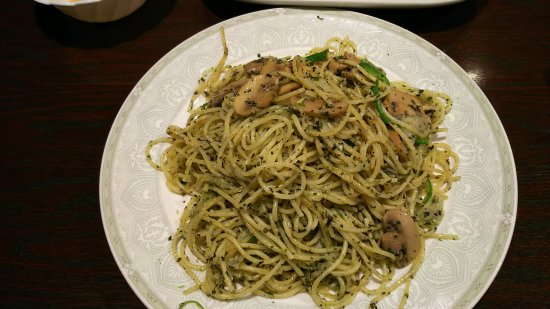 Soma, Japan: オリジナルサラダ ピラフ バジルのスパゲティー