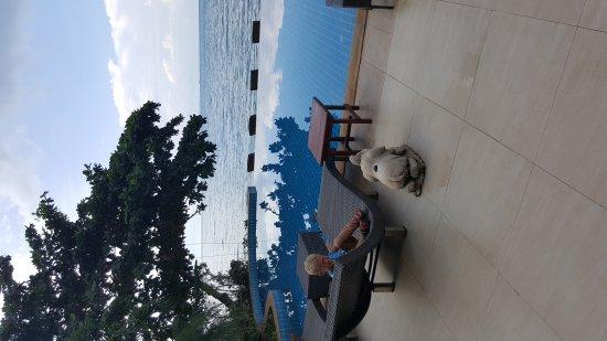 Lipa Noi, Thailand: 1480235483738_large.jpg