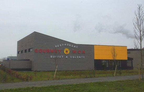 Villejust, Frankrike: Façade latérale