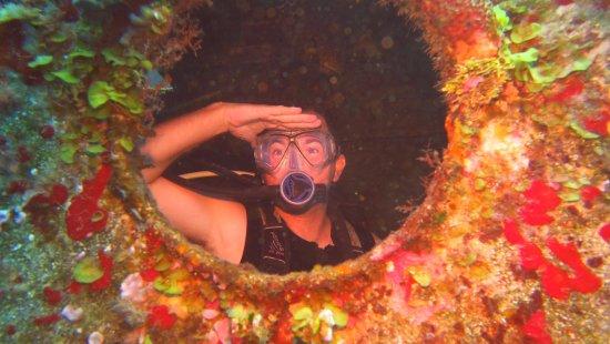 Felipe Xicotencatl Shipwreck: our divemaster Rene Mena, he makes the best pics!
