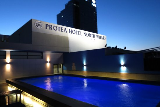 Protea Hotel by Marriott Cape Town North Wharf: zwembad