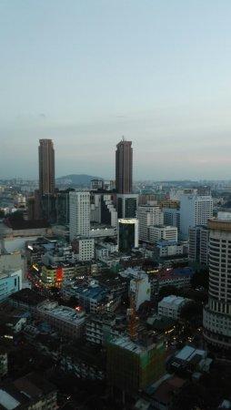PARKROYAL Serviced Suites Kuala Lumpur Photo