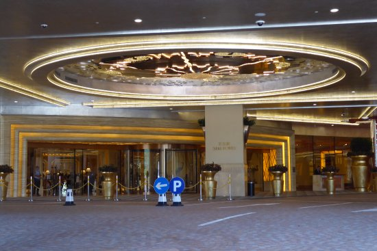 entrance to the holtel casino picture of studio city macau