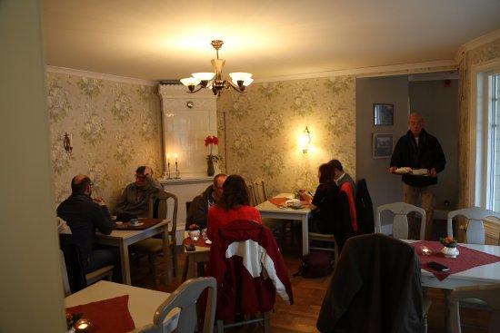 Ljugarn, Sverige: Cafédelen
