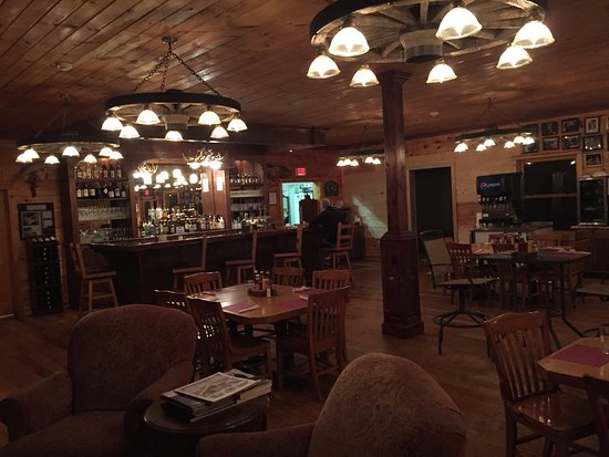 Monterville, WV: Ellie May's Dining Room and Bar