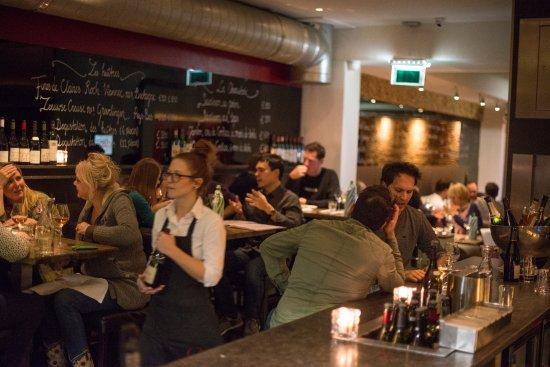 Bistrot Neuf Amsterdam: Restaurant Bar a Vin