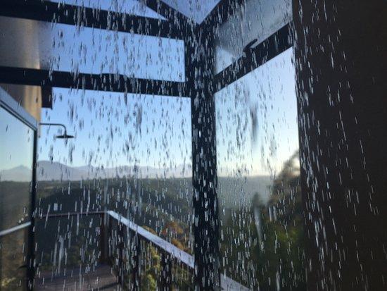 Tamodi Lodge: Aussicht von der Dusche
