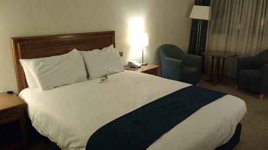 Wrotham Heath, UK: Good sized room
