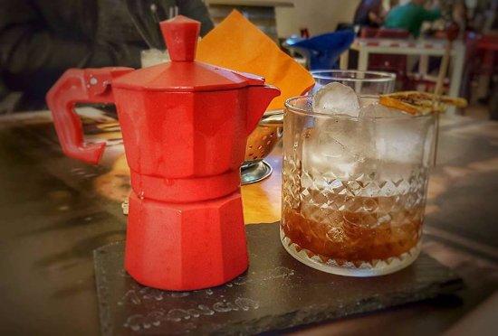 Intrabar Lounge - Il Salotto del Buon Bere