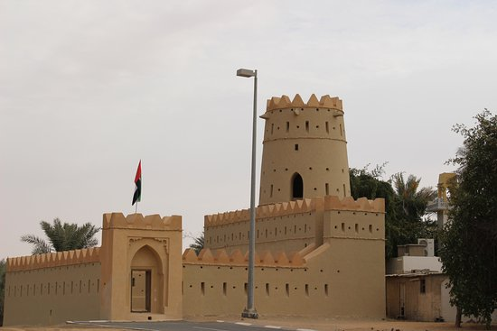 Liwa Oasis, Emiratos Árabes Unidos: View of tower