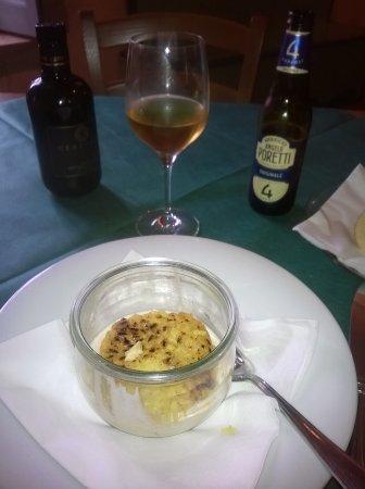 Casalzuigno, Italia: Un vero e proprio assaggio di risotto alla zafferano