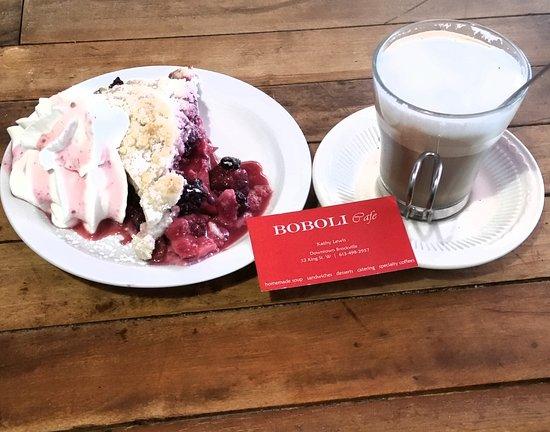 Броквилль, Канада: Pie and Cappuccino @Boboli ❤