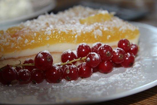 Umkirch, ألمانيا: täglich hausgebackene Kuchen 