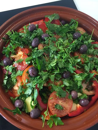 Prevessin Moens, Frankrijk: Après un retour positif de nos clients sur la cuisine marocaine, on a le plaisir de vous proposé