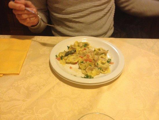Agriturismo Locustione : tortelloni (?) all'oca...buonissimi