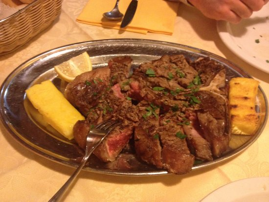 Agriturismo Locustione : the best Fiorentina I have ever had, it literally melts in your mouth! And it was massive!