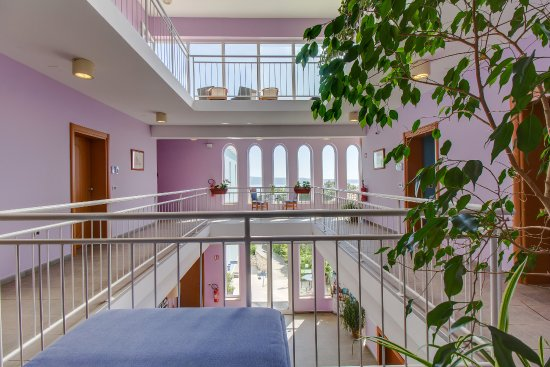 Hotel Manora: hall