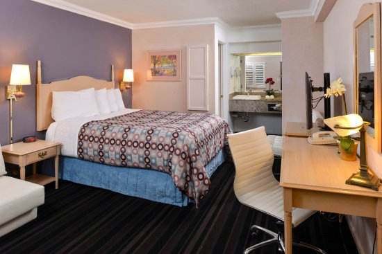 NAPA VALLEY HOTEL & SUITES, A 3 PALMS BOUTIQUE HOTEL AND