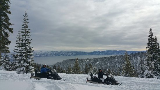 Tahoe Vista, CA: Best Birthday Surprise!  So amazingly beautiful!
