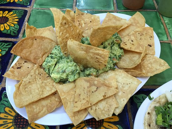 Bartow, FL: Chips and Guacamole