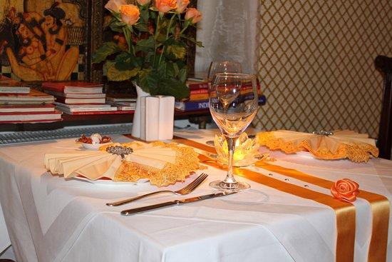 Kamasutra Indian Restaurant beautiful setting for a candle light dinner & beautiful setting for a candle light dinner - Picture of Kamasutra ...